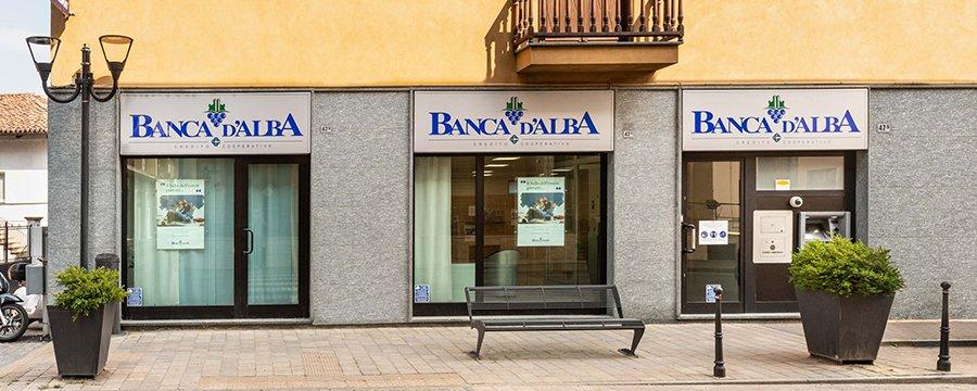 Filiale-Banca-d-Alba-di-San-Damiano
